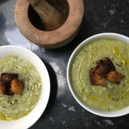 Broccoli, Leek & Potato Soup with Homemade Croutons